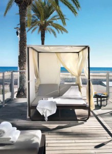 Cama exterior, catalogo out Gabar