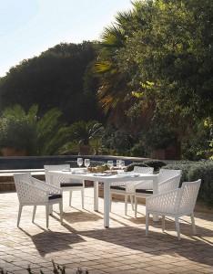 Conjunto exterior de mesa y sillas