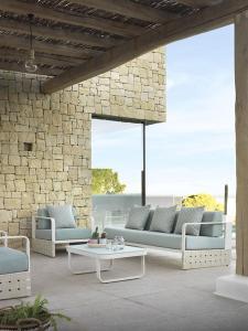 Sofa 3 plazas y sillón, catalogo out Gabar